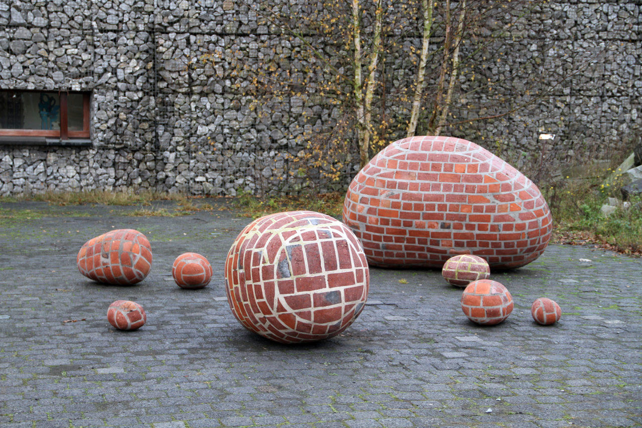 Brick Era (Verbeke Foundation, 2003)
