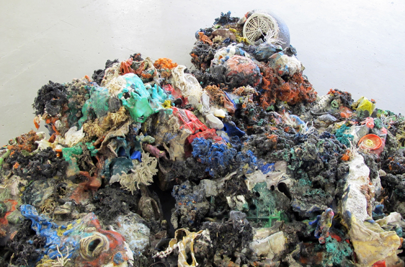 Maarten Vanden Eynde-Plastic Reef-detail