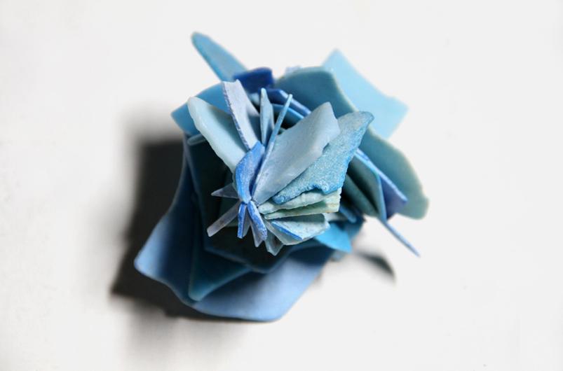 Maarten Vanden Eynde - Plastic Roses-detail