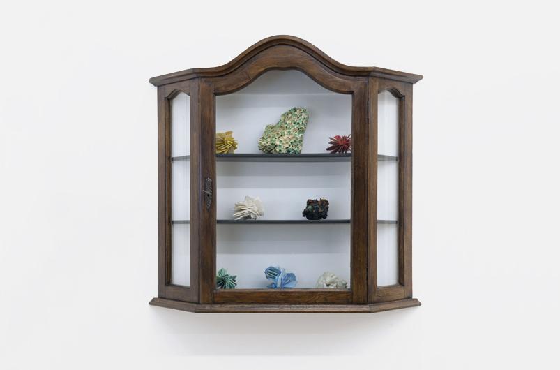 Maarten Vanden Eynde - Plastic Roses