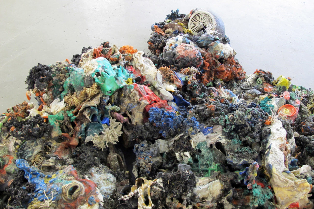 Plastic Reef (2008-2012), NEST, Den Haag, The Netherlands, 2010 (photo: Marjolijn Dijkman)