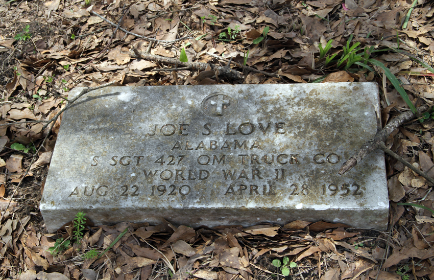 Africatown-grave2